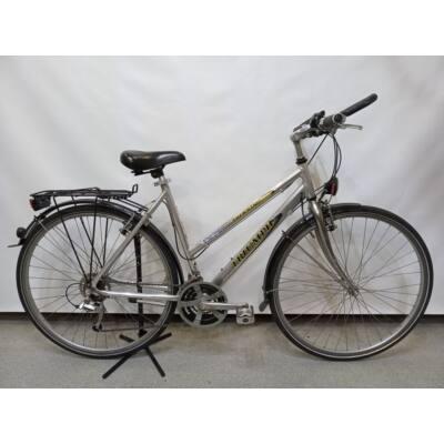 Triumph Női Fehérnemű, ja nem, Kerékpár Garanciával